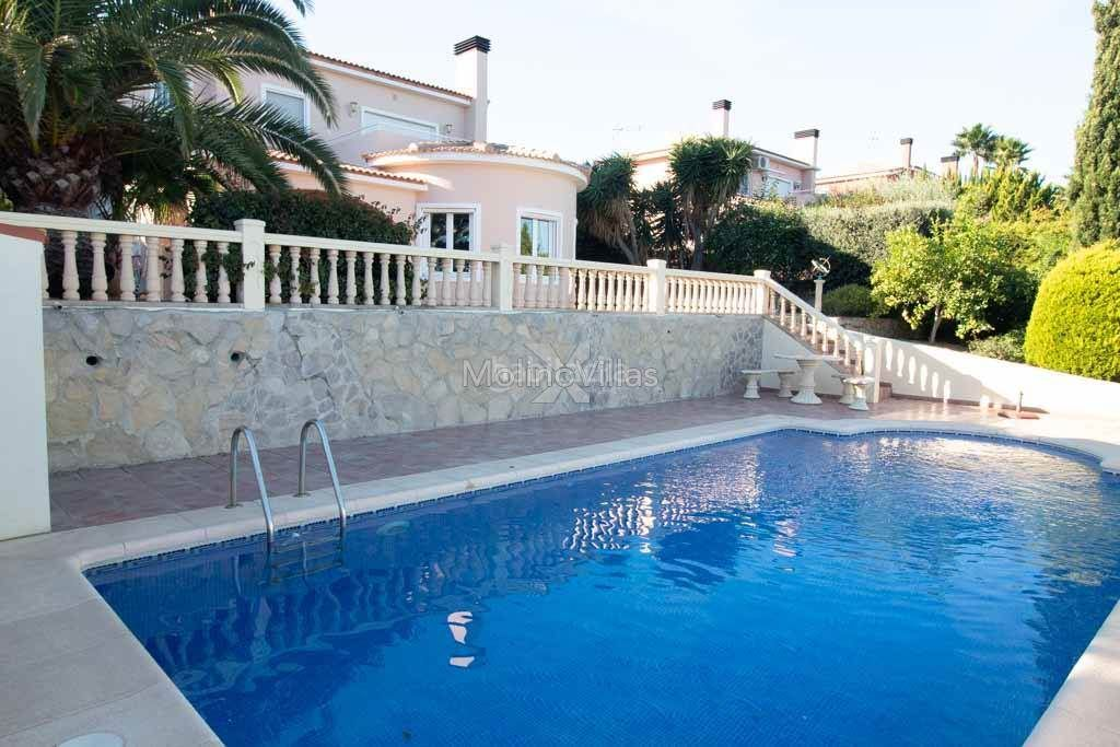 Casa en Gata de Gorgos. Detached villa with pool and sea views gata residential