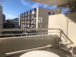Rent Apartment in Passeig joan carles i, 23. Alquiler anual - oportunidad
