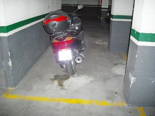 Parking coche  Doctor manuel riera. Parking para coche