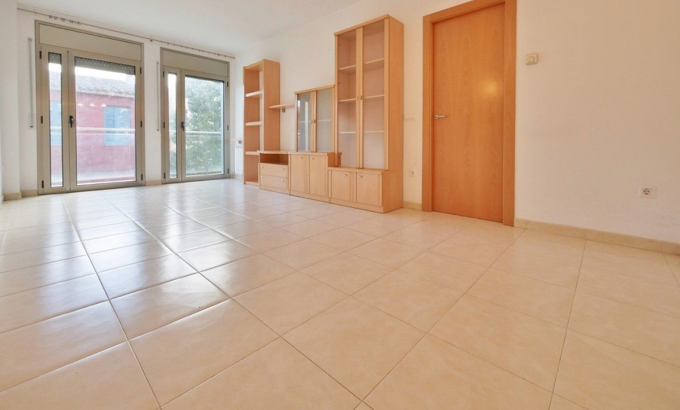 Flat in Carrer pi margall, 69. Inclou traster