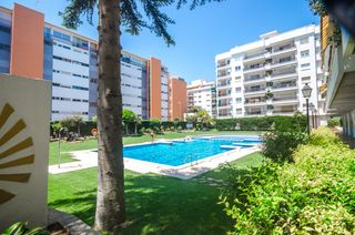 Apartment  Carrer francesc layret. Apartamento playa fenals