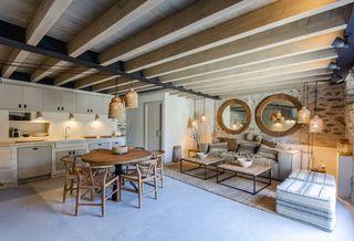 Casa pareada Plaça Major Age, 0. Casa pareada en venta en puigcerdà pirineos por 488500 eur