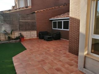 Rent Semi detached house  Mas camarena. Excelente novedad