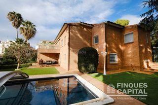 Casa en Altafulla. Casa / chalet en venta en monnars de 425 m2