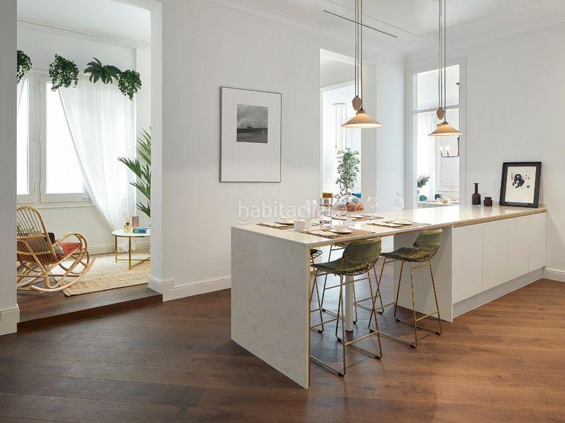 Cocina equipada Edificio viviendas Barcelona