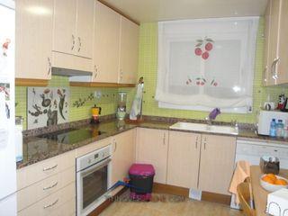 Appartement dans Carrer álvarez de castro, 20. Piso amplio y muy buena zona