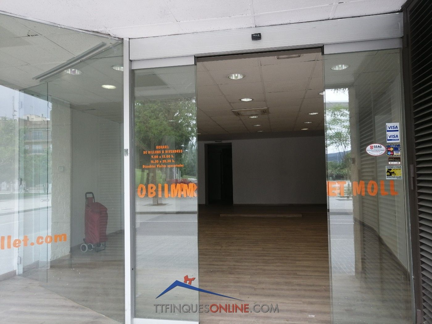 Affitto Locale commerciale in Alselm clave, 1. Zona les pruneres