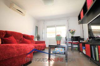 Appartement dans Carrer sant ramon, 62. Centrico y amueblado