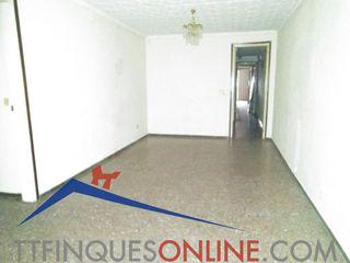 Appartement dans Avinguda calderó, 54. Piso grande a reformar