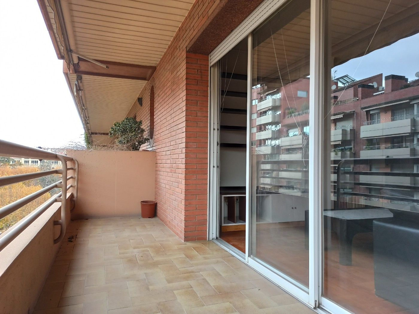 Location Appartement  Passeig pere iii/ manresa centre. Lloguer passeig manresa centre