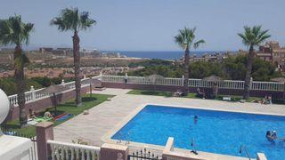 Duplex en Monte y Mar-Novamar-Mediterráneo. Oportunidad esquina con vistas al mar