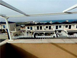Maison jumelée en Panorama-Sierramar. Adosado con vistas al mar y amplias terrazas en gran alacant