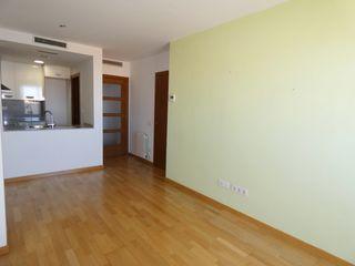 Appartement  A 10´ de fgc rambla d´ègara. Seminuevo