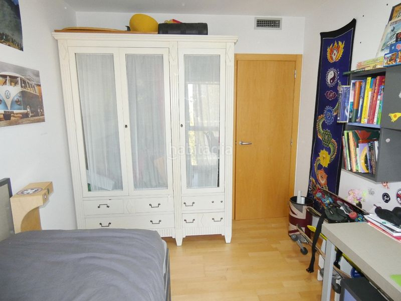 Dormitorio. Flat with heating parking in Centre Terrassa