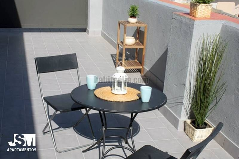 Rent Apartment in Carrer blas fernandez lirola, 45. Con terraza. suministros incluid