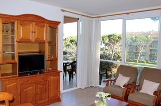 Apartment in Carrer torre mora (de la), 2. A 800 metros de la playa de pals