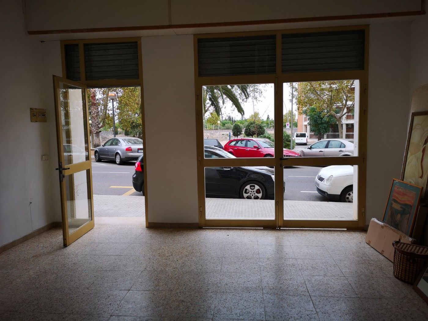 Alquiler Local Comercial en Carrer cami moli d´avall, 7. Alquilo local negocio en cambril