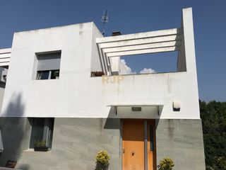 Semi detached house in Ametlla-Poble