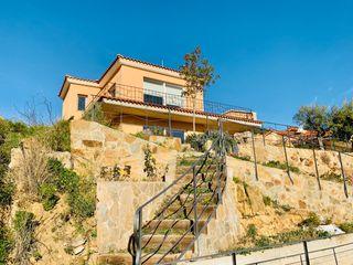 Casa  Mas coll. Torre 4v con vistas al mar