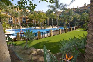 Appartement barcelona. Appartement in verkauf in marbella, nueva alcántara nach 395000