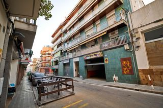 Locale commerciale in Carrer Clausell