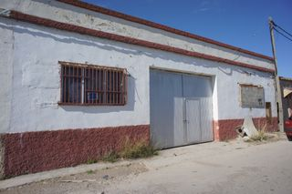 Warehouse in Polígono 3, 37. Nave de 1980, económica
