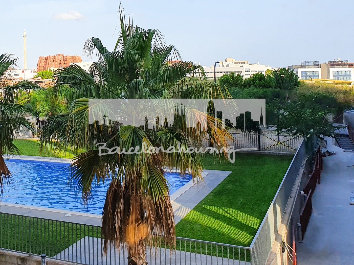 Piso Carrer Frederica Montseny. Muy luminoso, exterior, terraza