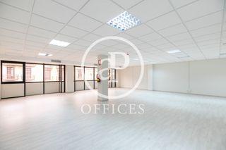Affitto Ufficio  Carrer balmes. Oficina de alquiler en balmes