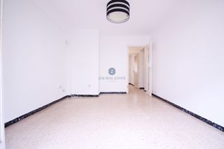 Appartement  Carrer menorca. Oportuniad en venta