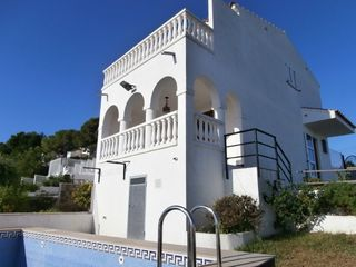 Semi detached house in Las Atalayas-Urmi-Cerro Mar. Preciosas vistas al mar