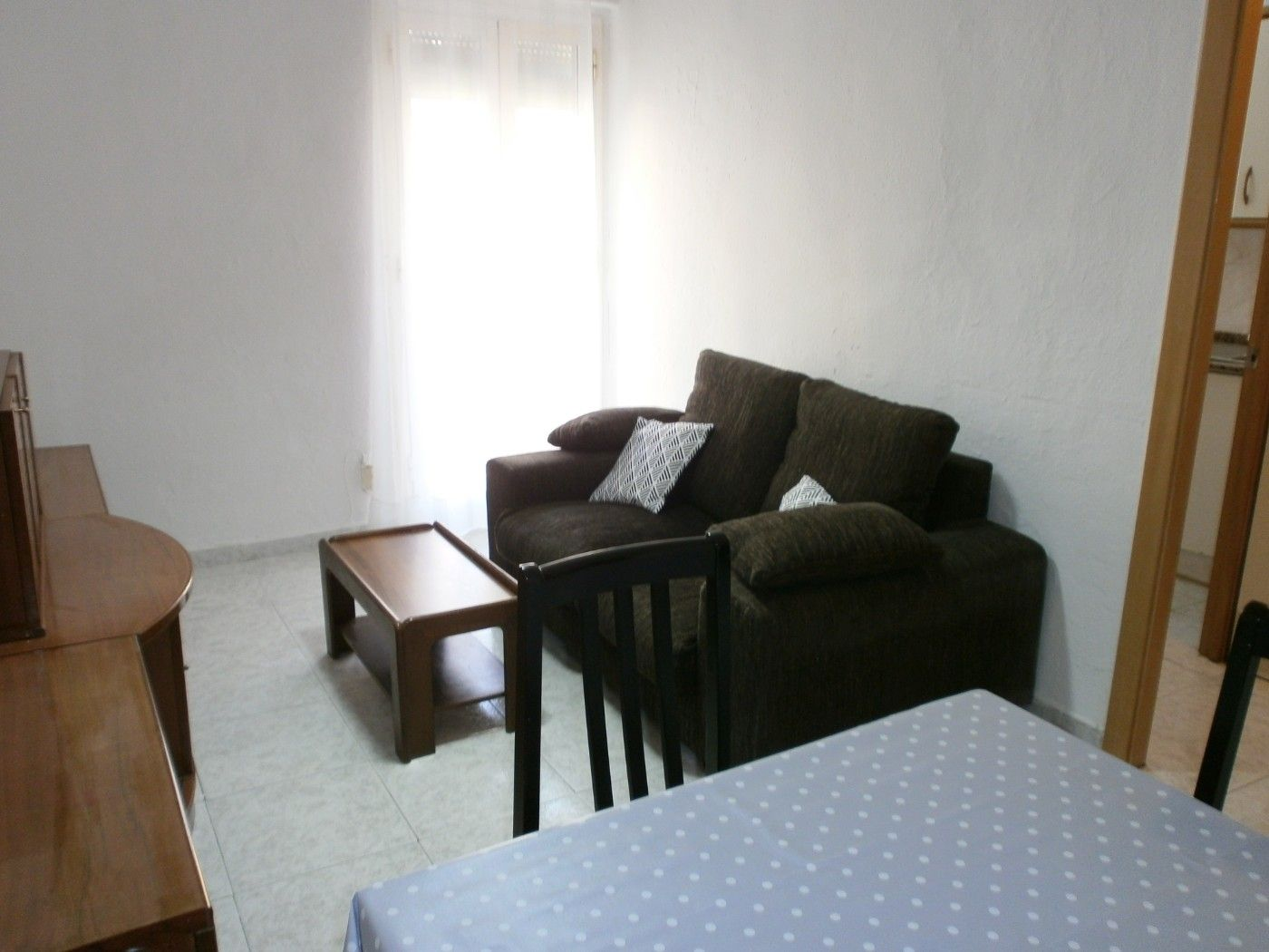 Rent Flat in Via augusta, 31. Piso de 1 hab., cerca playa