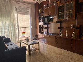 Apartamento en Carrer marti i codolar, 1. Oportunidad en venta
