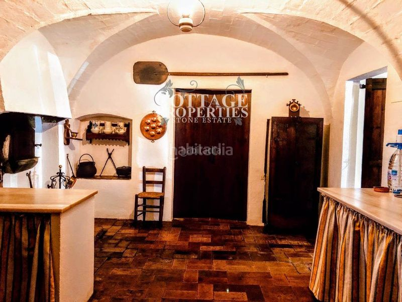 Entrada. Country house with fireplace heating parking pool in Vilademuls