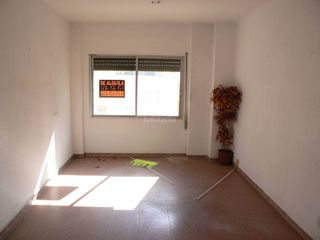 Local Comercial en Pueblo. Local comercial en venta