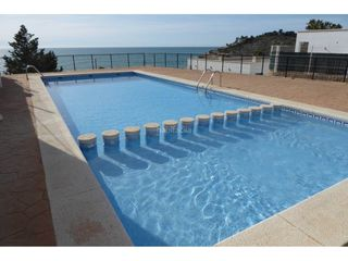 Semi detached house in Costa Sur. Casa adosada en venta en las atalayas-u.r.m.i.-cerro-mar