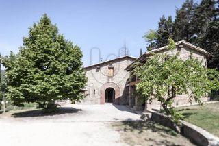 Bauernhof in Muntanyola. Masia totalmente restaurada a la venta