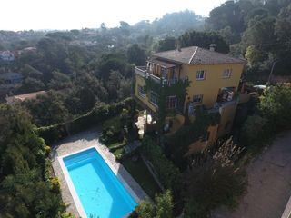 Casa  Montbarbat. Con piscina y bonito jardín