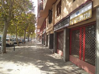 Business premise in Rambla exposicio, 49