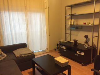 Rent Studio  Carrer manuel angelon. Estudio ideal single o pareja