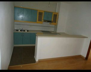 Rent Apartment in Calle santa marta, 2. Alquiler puçol