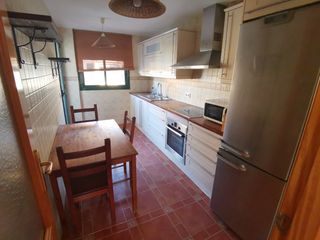 Rent Flat  Carrer santa margalida. Bonito piso con piscina+ parking