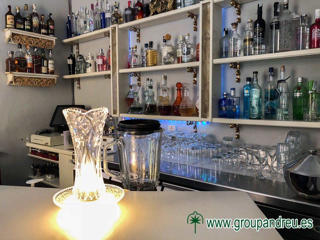 Traspaso Bar en Sant Andreu. De moda, esquina, muy concurrido