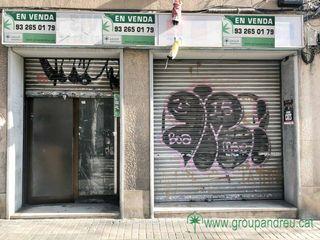 Local Comercial en Carrer navas de tolosa, 348. Polivalente, en dos plantas