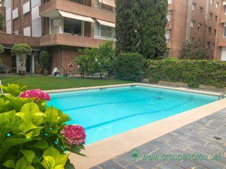 Affitto Appartamento  Carrer jacinto benavente. Alto standing, parking, piscina
