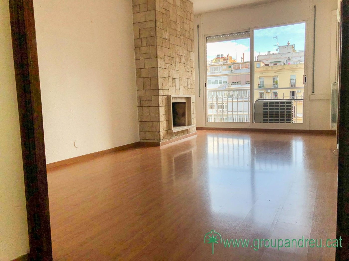 Affitto Appartamento in Carrer muntaner, 118. Tranquilo, luminoso, adaptado