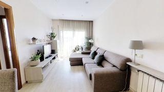 Apartamento en Carrer coll i pujol, 192. Piso con vistas en badalona
