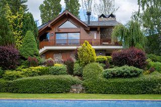 Casa a Del pla, s/n. Zona resicencial con piscina