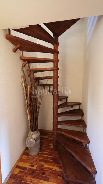 escalera. Appartement in carrer sant climent in Urús