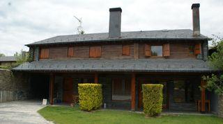 Casa adosada Camí Estoll, 2. Zona residencial