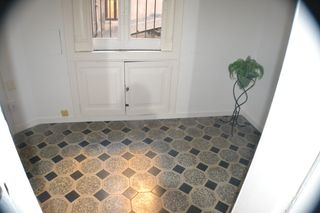 Rent Flat  Carrer ample. Piso en buen estado